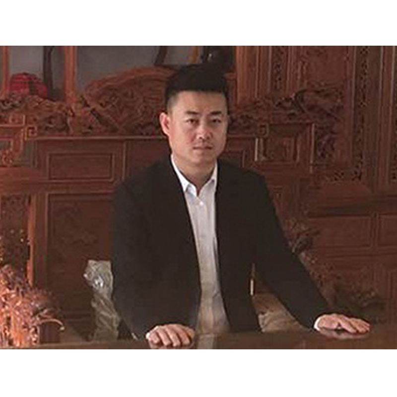 哈尔滨翔宇汽车集团 董事长